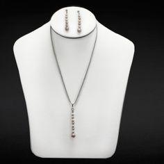 Collar y aretes perla biwa mini, papa blanca y cadena de plata. Diseñado por Samuel Burstein