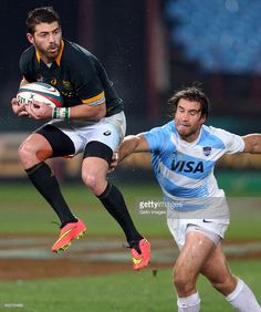 Willie le Roux of South Africa during The Castle Rugby Championship match between South Africa. South Africa Rugby, Rugby Championship, Rugby Players, Athletics, Castle, Running, Sports, Hs Sports, Keep Running