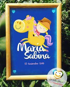 Y empezamos la semana con otro más de los #babycuadritos arreeee!!!🐎💨💨💨 . . . #ladibujeria #ladibujería #maria #sabina #babygirl #baby #love #gift #babygift #custom #customgift #framed #littlegirl #newbaby #babyroom #babydecor #cuadritos #personalizados #nombres #bebé #niñas