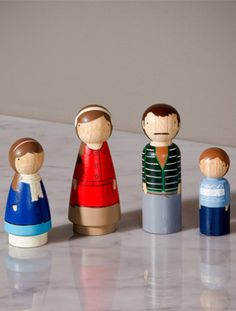 Functional Family Portrait by Goose Grease #munire #pinparty #MadeinUSA