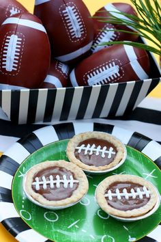 Football Fudge Pies! #HomeBowlHeroContest
