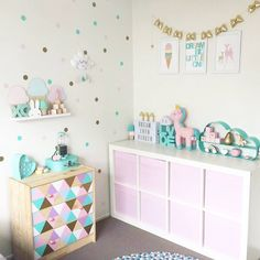 @mumma_leesha has done an awesome job! Beautiful space featuring our ice cream, dream big and fawn and deer prints! X