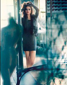 Selena Gomez Totally Perfection    5