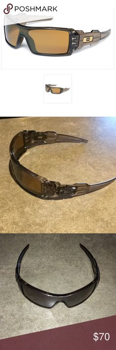 oakley oil rig sunglasses accessories  oakley oil rig sunglasses! excellent used condition. no scratches. worn very little!
