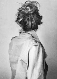 Good Morning! | Messy bun | Carefree hair | Hairstyles | Inspo