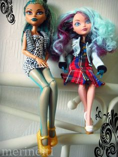 pattern for tights for Barbie, Nefera and Madeline Hatter