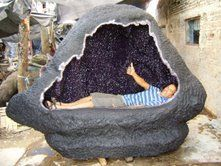 giant amethyst geodes! awesomeness.