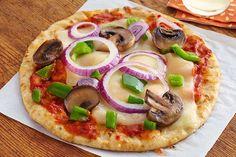 Los sabores ganadores de la pizza siempre agradan a los niños. ¡Y el pan de pita le otorga el tamaño perfecto para compartir! Disfrutarán cada bocado.