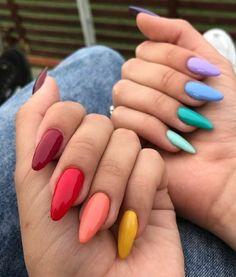 Semi-permanent varnish, false nails, patches: which manicure to choose? - My Nails Aycrlic Nails, Swag Nails, Hair And Nails, Coffin Nails, Nail Manicure, Glitter Nails, Summer Acrylic Nails, Best Acrylic Nails, Summer Nails