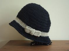Tuto and co : joli chapeau cloche au crochet!