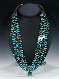 Native American Santo Domingo Treasure Necklace