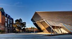 Eli and Edythe Broad Art Museum an alternative design and full of design inspirations #designinspirations #architecture #zahahadid #designprojects