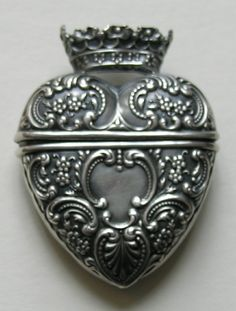 Foster and Bailey Sterling Heart Chatelaine Needle Case
