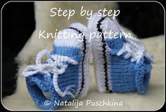 Knitting pattern (PDF)  Babies Shoes Socks Baby Booties Boy & Gilr. €2.69, via Etsy.
