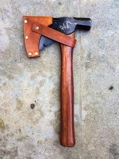 Hatchet/Hammer Combo - Refurbished and restored hatchet with leather sheath