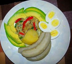 There's nothing like a good Haitian breakfast to start your day. Alcohol Recipes, Fruit Recipes, Healthy Recipes, Donut Recipes, Carribean Food, Caribbean Recipes, Barbados, Jamaica, Hatian Food
