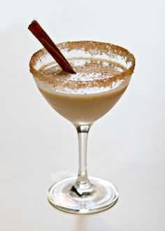 Naughty but Nice - Baileys, Tequila & orange liquor Refreshing Drinks, Summer Drinks, Cocktail Drinks, Fun Drinks, Alcoholic Drinks, Cocktails, Beverages, Drinks Alcohol Recipes, Drink Recipes