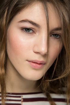 Michael Kors Collection Fall 2015 Ready-to-Wear Fashion Show: Beauty - Style.com
