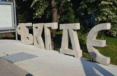 Хрвати присвајају ћирилицу и подижу јој споменик! - http://www.vaseljenska.com/vesti/hrvati-prisvajaju-cirilicu-i-podizu-joj-spomenik/