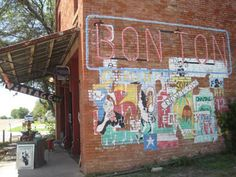 """Bon Ton Vintage - Waxahachie, TX (approx. 40 min out of Dallas) - Get off at the Forreston exit. Hang a right on the first """"main"""" street. It is about a block down. You won't regret visiting."""