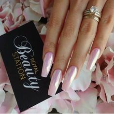50 Gorgeous Holographic Nails That Are Simply Stunning-- 50 Gorgeous Holographic Nails That Are Simply Stunning Hot Nails, Pink Nails, Pink Holographic Nails, Pink Chrome Nails, Acrylic Nails Chrome, Metallic Nails, Ongles Roses Clairs, Nails Ideias, Crome Nails