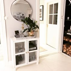 Elegant and modern storage solution the Asaa vitrine is great as it is both practical and stylish