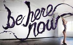 Sagmeister & Walsh Bodypainting mit Typografie für Kaufhaus-Kampagne | via KlonBlog
