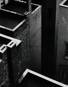 Paul Strand, The Court, New York