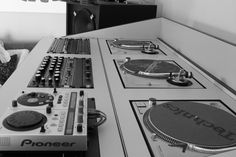 Pictures - Page 65 - Wave Music Community Board Turntable Setup, The Tables Have Turned, Dj Setup, Rotary Club, Dj Gear, Dj Booth, Community Boards, Dj Equipment, Mixers
