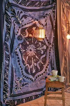 4040 Locust Blue Batik Tapestry - Urban Outfitters
