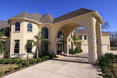 Porte Cochere, 8703 Beringer Dr., Royal Lakes Manor, Richmond, Texas