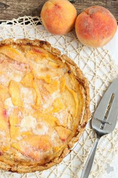 Wow your guests with this sweet and luscious Peach Pie. It's simple to put together and has a taste that is out of this World. It's the perfect dessert for all those wonderful and fresh summertime peaches | Strawberry Blondie Kitchen