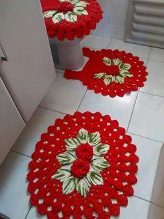 Crocheted Bathroom Set