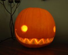 My first pumpkin by Bueshang on DeviantArt Halloween Pumpkin Carving Stencils, Halloween Pumpkin Designs, Scary Halloween Pumpkins, Amazing Pumpkin Carving, Scary Pumpkin, Halloween Crafts, Pumpkin Ideas, Easy Pumpkin Faces, Hallowen Ideas