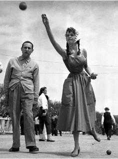 Brigitte Bardot giocatrice di petanque