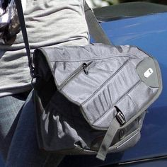 Powerbag Messenger Bag with Battery for Charging Smartphones Tablets and eRe...