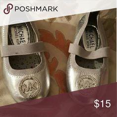 Michael kors flats Excellent condition Michael Kors Shoes Dress Shoes