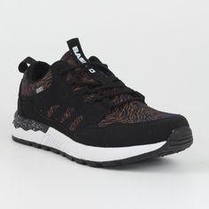 Ανδρικά casual Bass3d by Xti από συνθετικό δέρμα σε μαύρη απόχρωση, με καφέ λεπτομέρειες και υφασμάτινη φόδρα. Διαθέτει κορδόνια για άψογη εφαρμογή και αντιολισθητική σόλα. Sketchers, Fall Winter, Sneakers, Casual, Shoes, Fashion, Trainers, Moda, Zapatos