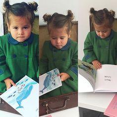 Petite vue de notre Shooting de Noël  avec la talentueuse iris de @petit_karel  #kids #books #livres #love #instakidsfashion ravissant petit manteau de @lespetitesabeilles
