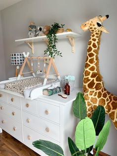 Baby Bedroom, Baby Boy Rooms, Baby Boy Nurseries, Kids Bedroom, Nursery Decor Boy, Baby Room Decor, Safari Room Decor, Giraffe Room, Baby Room Design