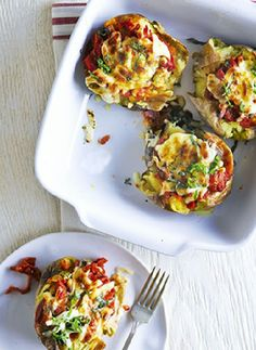 Pizza baked potato - Bake for mins, adding the courgettes and chilli 15 mins before the cooking time is up. Remove from the oven when the chicken is cooked through and golden, and the veg is tender. Stir through the basil leaves and serve. Pizza Recipes, Diet Recipes, Cooking Recipes, Healthy Recipes, Healthy Foods, Potato Recipes, Lunch Recipes, Appetizer Recipes, Breakfast Recipes