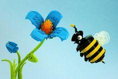 How do I build Lego flowers? - Quora How do I build Lego flowers? Lego Flower, Lego Wedding, Lego Sculptures, Lego Animals, Lego Club, Lego Boards, Lego Pictures, Lego Craft, Lego Blocks