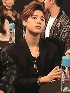 I love the little eyebrow raise that Jimin does it's so fucKING hot