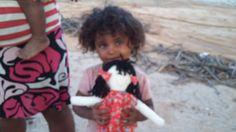Criança do Sertão de Manari e sua Boneca de Pano