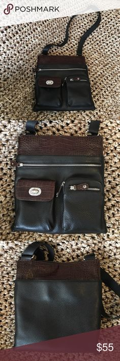 f0d25f2ebdc Brighton Crossbody Purse This is a genuine Brighton purse. Black leather  and brown crocodile leather