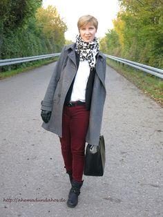Burgundy and gray - again :-) I love it http://ahemadundahos.de