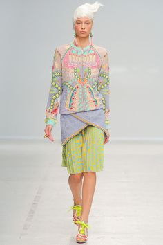 Manish Arora Spring 2014 Ready-to-Wear Collection Slideshow on Style.com