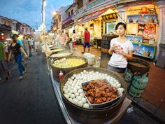 Opened, Warm, Choose, Pay and Eat. It is Jonker Walk, Malacca style