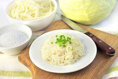 ***¿Cómo hacer Chucrut?*** El chucrut es vegetal fermentado, pero lejos de ser dañino, se trata de un alimento muy sano y nutritivo. Más aún si lo preparas en casa siguiendo estos consejos...SIGUE LEYENDO EN... http://cocina.comohacerpara.com/n10719/como-hacer-chucrut.html