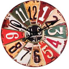 Cool clock face made with old license plates...need to make this for my dad!